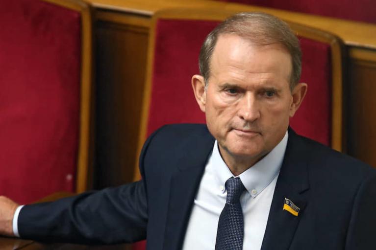 """Подозрение Медведчуку: """"слуга"""" призвала доказать измену Родине"""