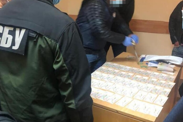 В Киевской области на крупной взятке задержан замначальника отделения полиции (ФОТО)