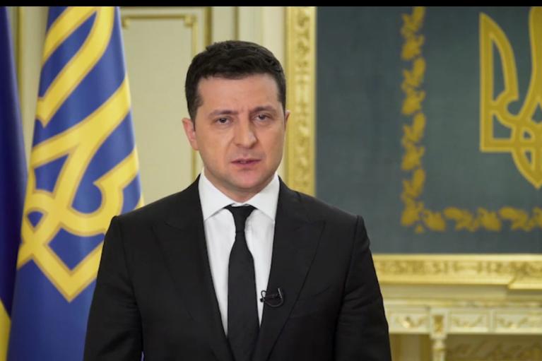 У День опору окупації Зеленський натякнув, що Крим здали: винуватців не назвав