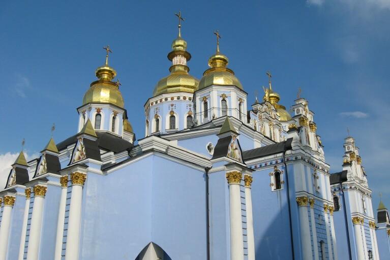 Минздрав огласил карантинные рекомендации на Пасху: что советуют церквям и верующим