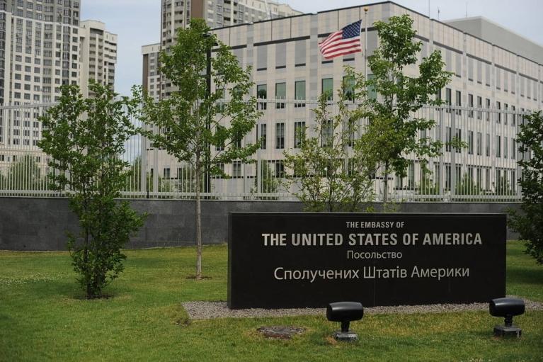 Обстрелы на Донбассе: Посольство США в Украине обеспокоено повреждениями инфраструктуры