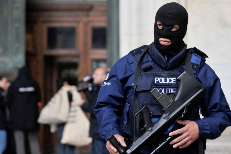 Поліція Брюсселя переодягнеться в цивільне для боротьби з вуличними домаганнями
