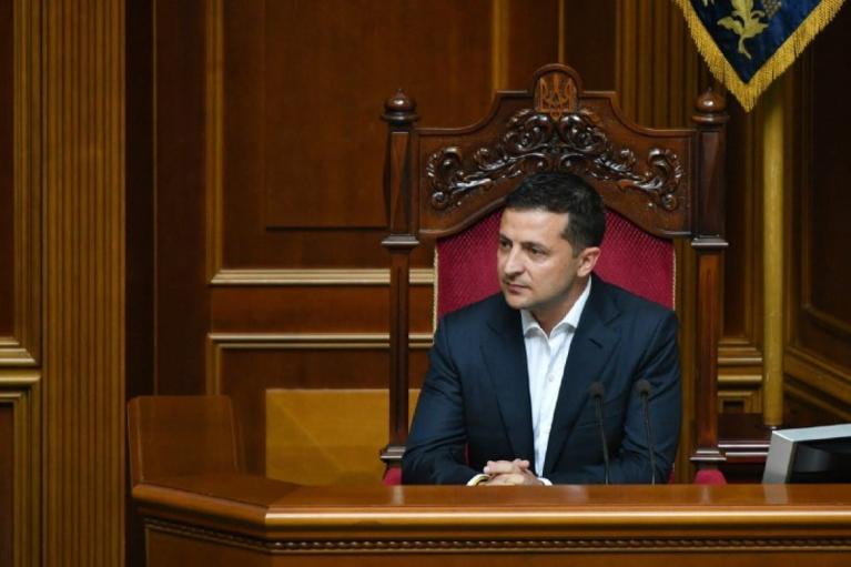 Зеленский срочно инициировал дополнительное заседание Рады