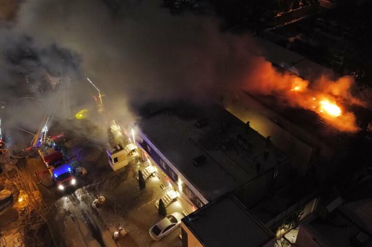 Пожар в частном отеле в Одессе: жертв стало больше (ФОТО)