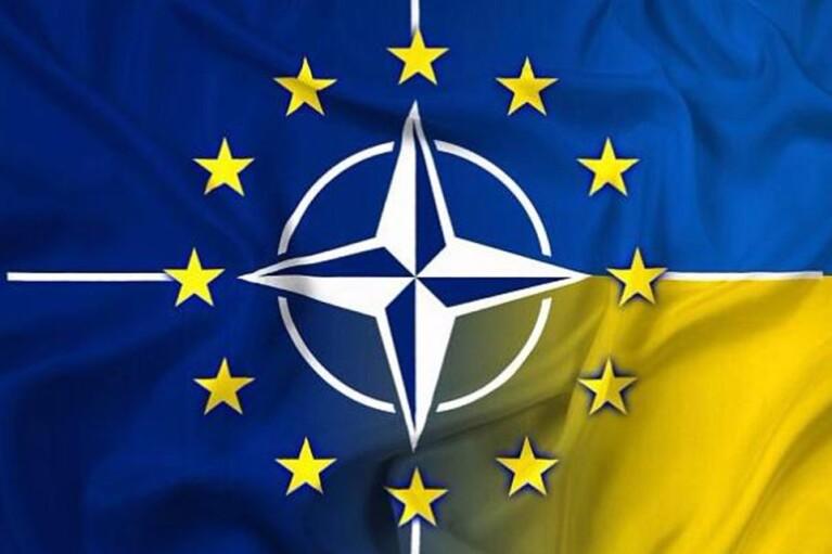 У НАТО прокоментували рішення Кремля відвести війська від кордонів України