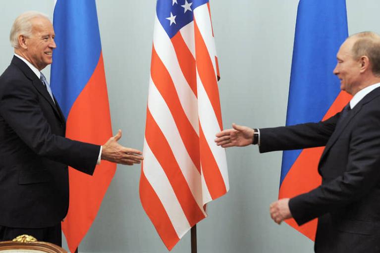 """""""Відновити контакти"""": Путін назвав мету зустрічі із Байденом"""