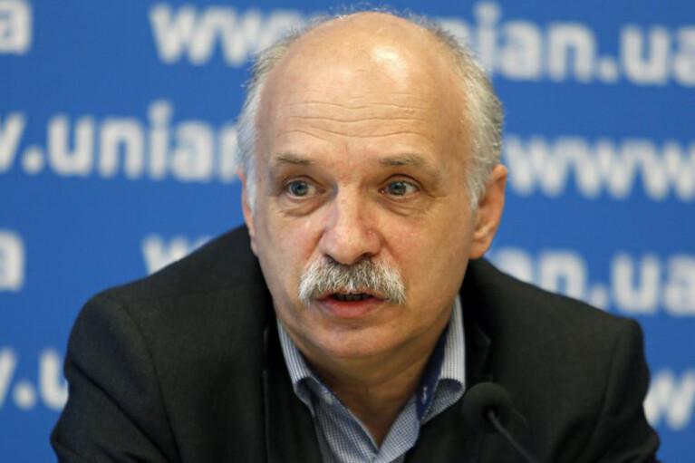 Covishield зарегистрировали в Канаде, поэтому украинцам не стоит на нее жаловаться — инфекционист Сергей Крамарев