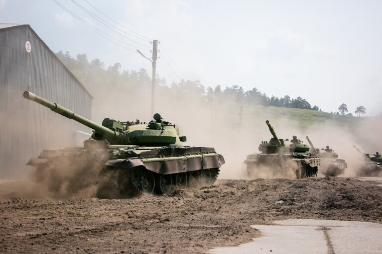 За последнюю неделю на Донбасс прибыли около 250 военных из РФ, - разведка