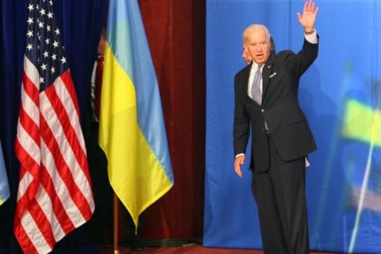 Байден може взяти участь у саміті Кримської платформи у Києві, — Джемілєв