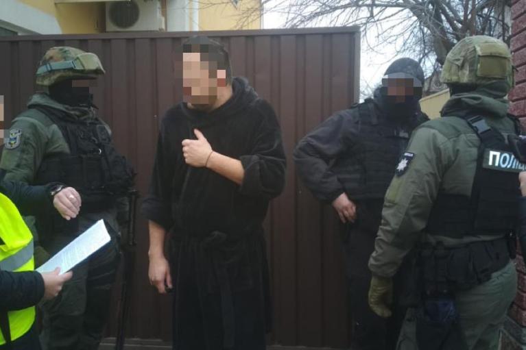 В Киеве будут судить мошенников, похищавших авто со штрафплощадок