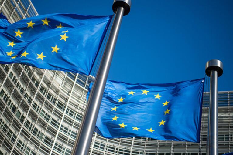 Російські війська на кордоні України: в ЄС заговорили про нові санкції проти агресора