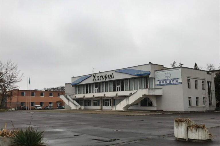 """Из аэропорта """"Ужгород"""" начнут запускать регулярные рейсы: названа дата"""