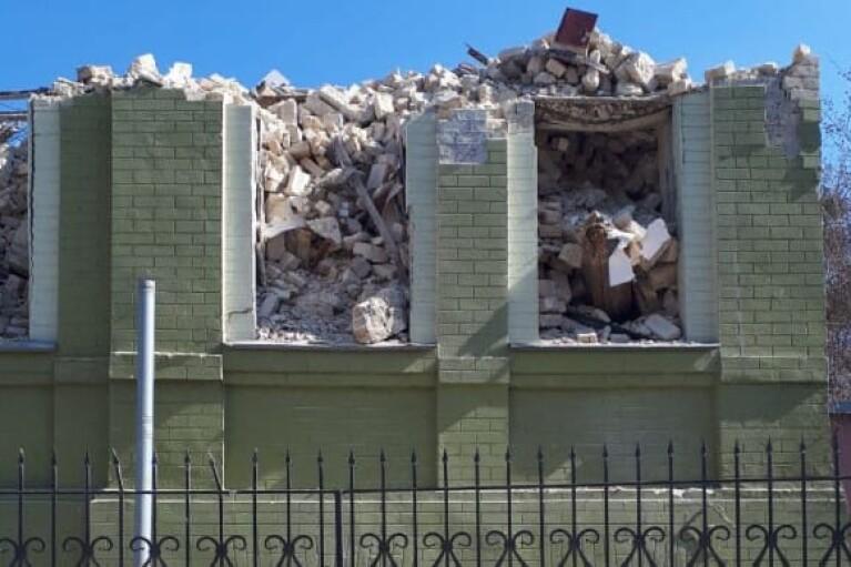 В Киеве разрушили историческое здание: открыто производство (ФОТО)