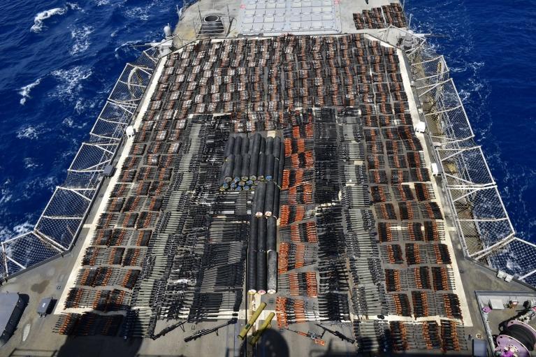 Американські військові затримали судно з російською та китайською зброєю на борту (ФОТО, ВІДЕО)