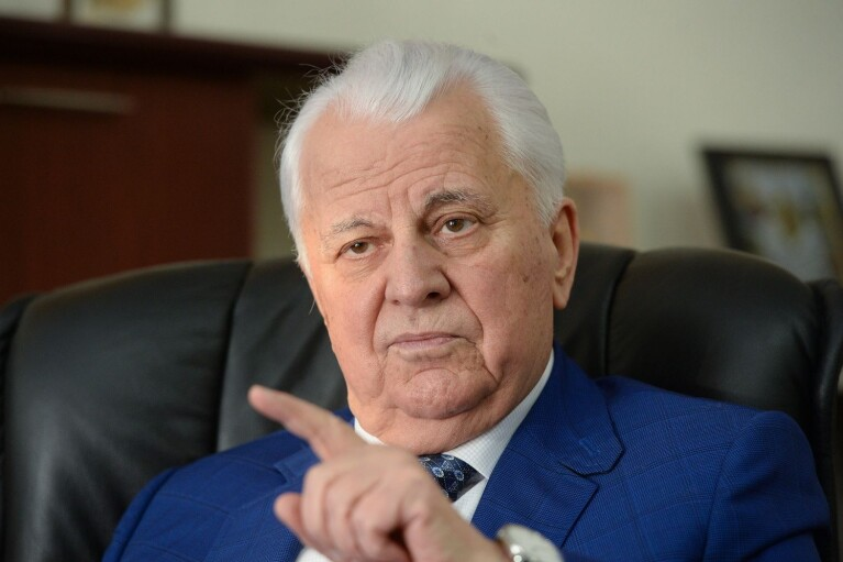 Кравчук рассказал, когда должны согласовать дополнительные меры по Донбассу