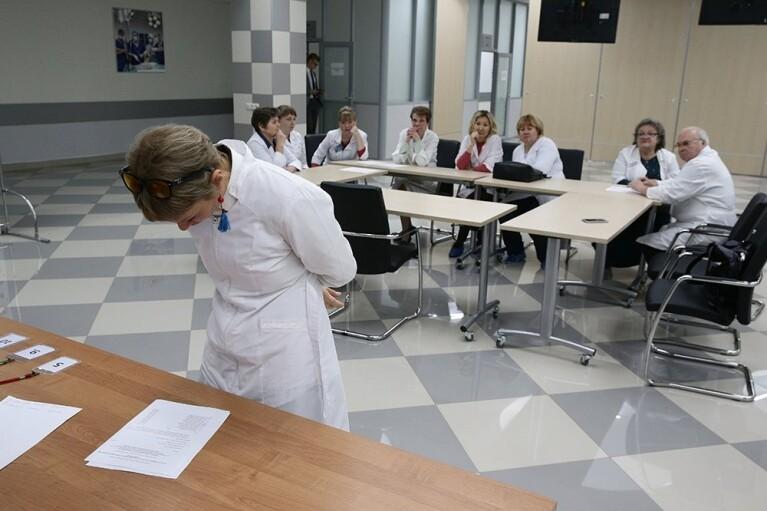 Московським медикам офіційно заборонили соватися на стільцях (ДОКУМЕНТ)