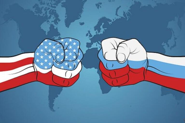 """""""Держитесь подальше от Крыма"""": Россия истерит из-за захода кораблей США в Черное море"""