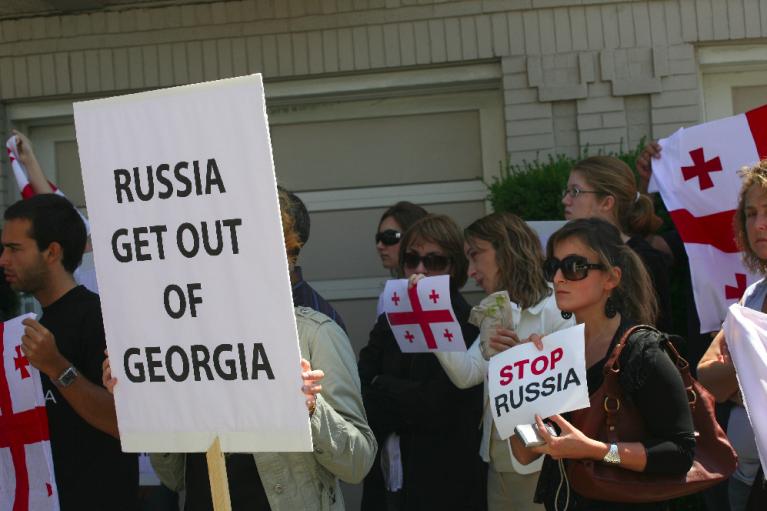 Двенадцать лет после войны. Чему Украине стоит поучиться у Грузии