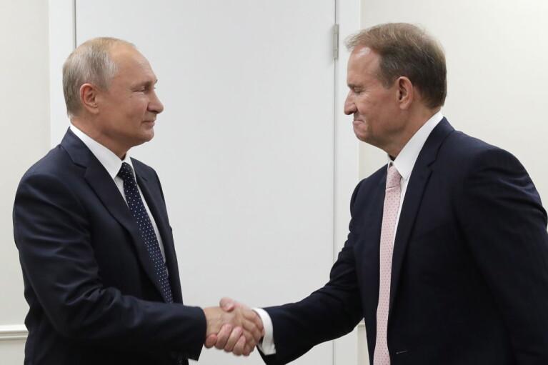 Кремль передает контроль над добычей угля в оккупированном Донбассе Медведчуку, — активисты