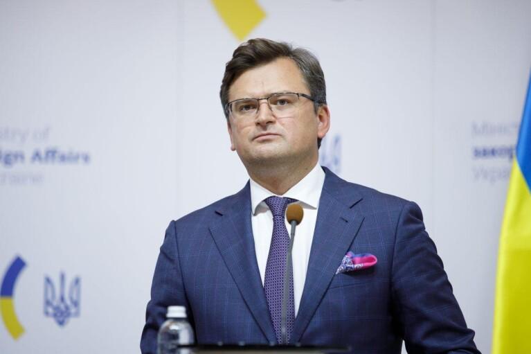 Кулеба рассказал, что не смог дозвониться Лаврову