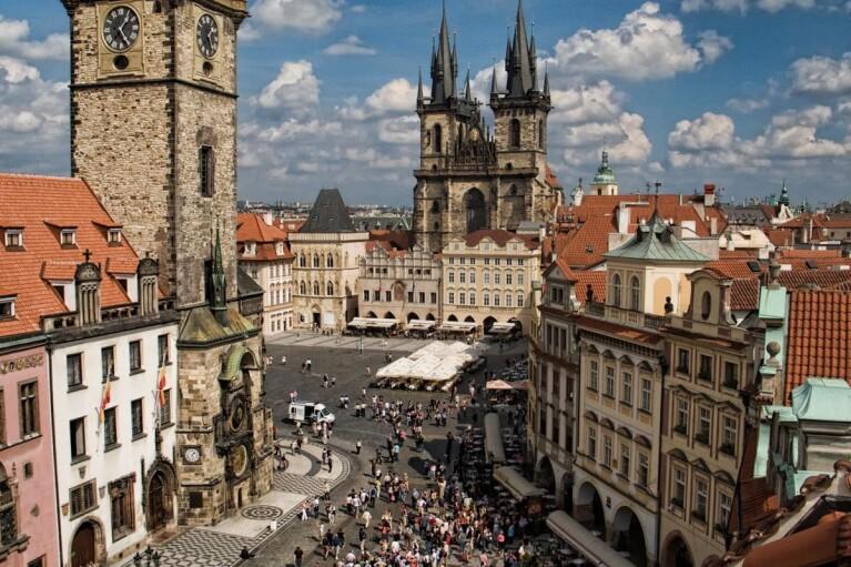 В Чехии предложили организовать встречу Байдена и Путина в Праге