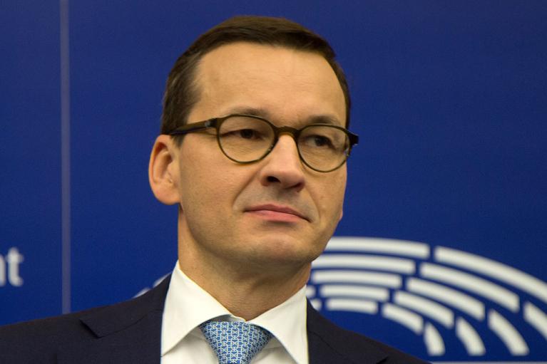 Польша будет вакцинировать третьей дозой против коронавируса всех взрослых, — премьер-министр