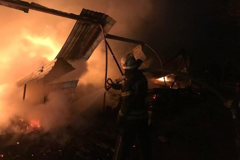 В Одесской области горела заброшенная база отдыха (ФОТО)