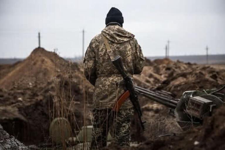 """День в ООС: оккупанты """"поливали"""" украинские позиции из минометов и пулеметов"""