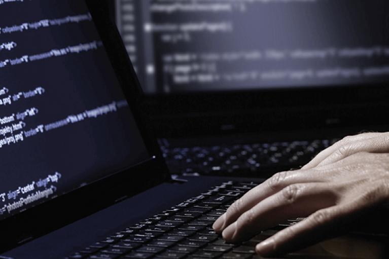 Двоє росіян визнали себе винними у кібератаках на США