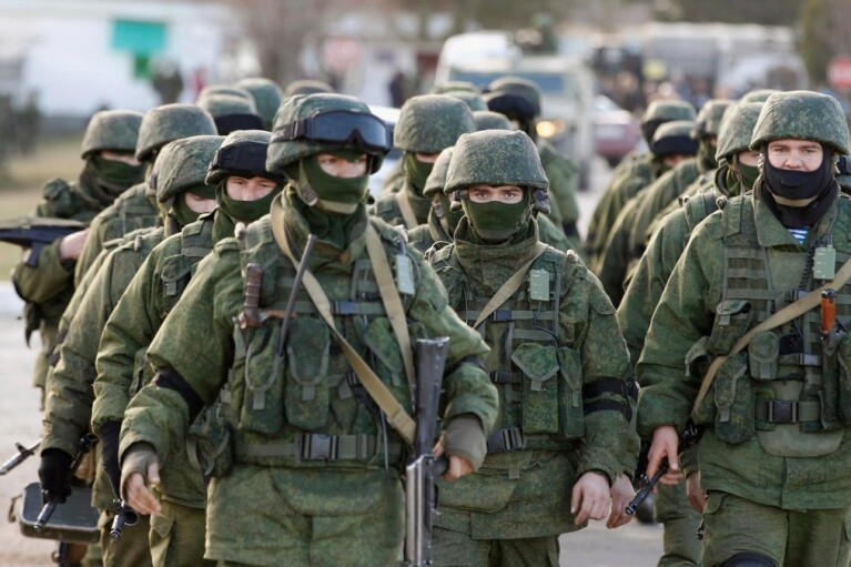 Совет ЕС обсудит ситуацию с размещением российских войск у границ Украины