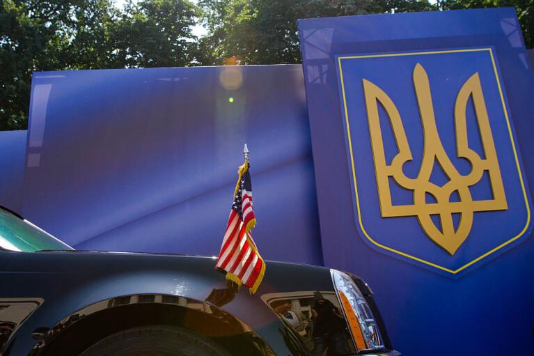Ніхто нікуди не їде. Чому Байден не відправить призначенця Трампа послом в Україні