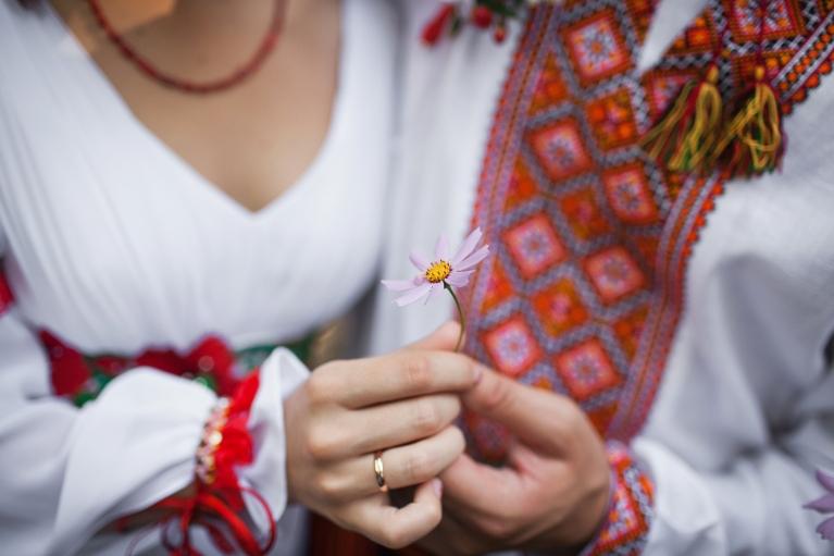Які головні риси притаманні українцям, — дослідження