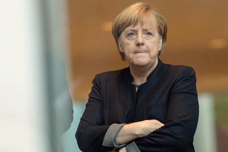 Меркель присоединится к переговорам Зеленского с Макроном