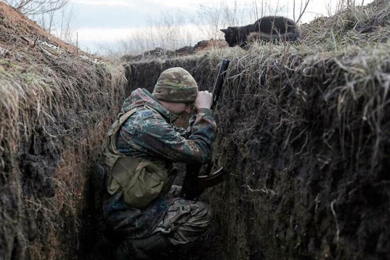 Боевики восемь раз открывали огонь, украинские защитники достойно отвечали