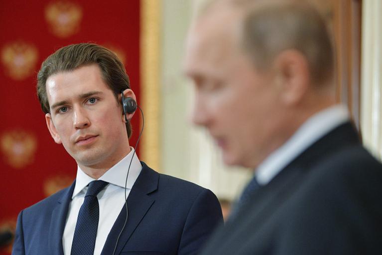 Канцлер Австрії схвалив пропозицію запросити на саміт ЄС Росію
