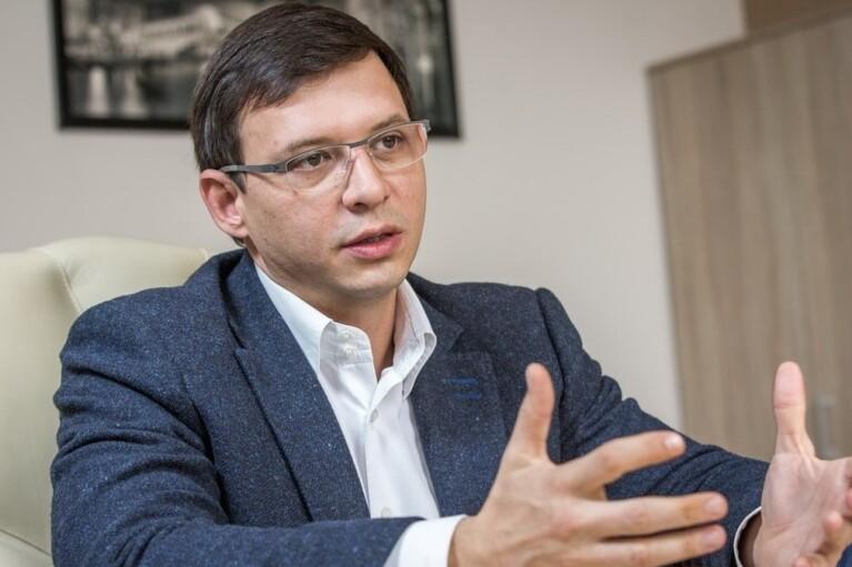 Журналисту канала украинофоба Мураева не дали задать вопрос адвокатам Стерненко (ВИДЕО)