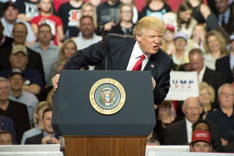Второй импичмент Трампа. Почему республиканцы решили спасти не совсем своего президента