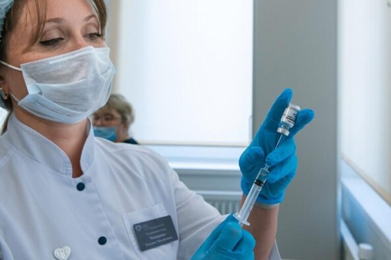 Степанов виключив випадки утилізації залишкових доз COVID-вакцини в Україні