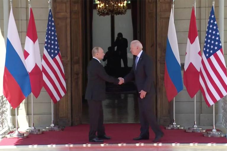 Встреча Байдена с Путиным завершилась