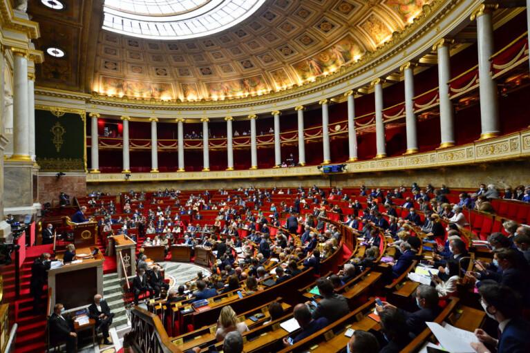 Кримська тінь Карабаху. Як Сенат Франції заклав бомбу під НАТО