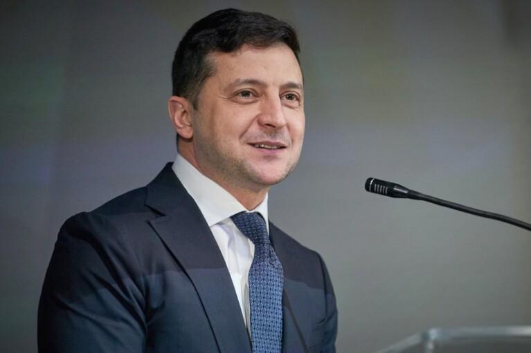 """Зеленский хочет обеспечить украинским ученым условия """"на уровне западных специалистов"""""""