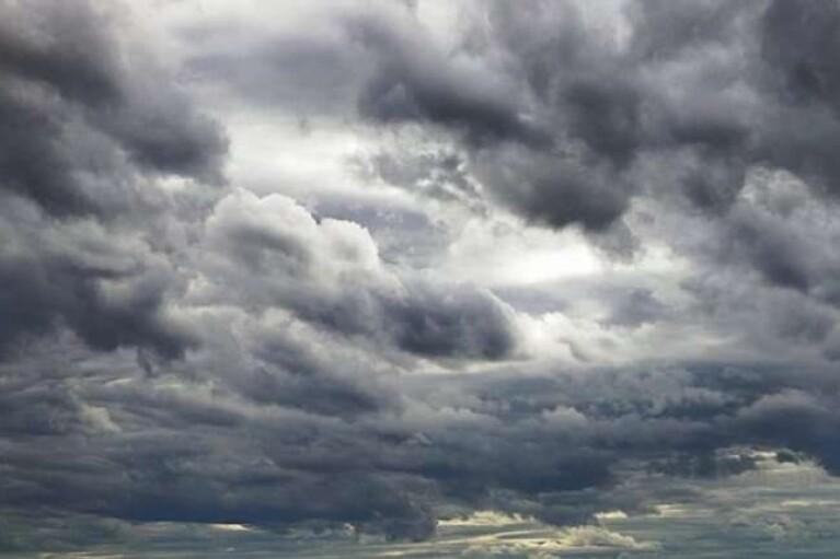 Місцями дощ і до +15: прогноз погоди на неділю (КАРТА)