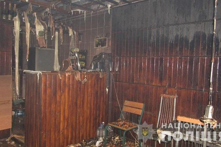 Киянин спалив кафе: не сподобалося обслуговування (ФОТО)
