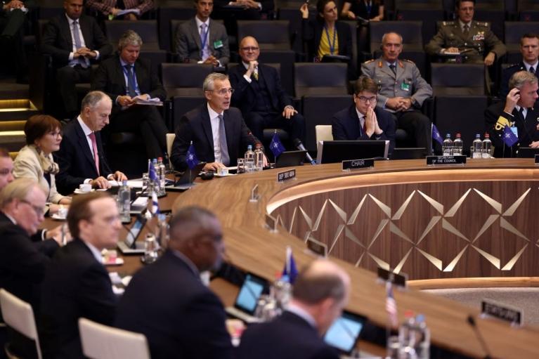 Защитить Балтию и Черное море. Какую стратегию утвердил НАТО