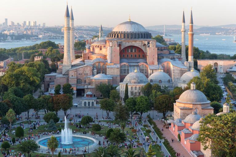 Страсти по Айя Софии. Как музей из залога дружбы Турции и России превратился в заложника