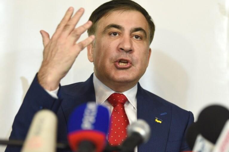 Возникают проблемы. Кулеба пожаловался на недипломатическую болтливость Саакашвили