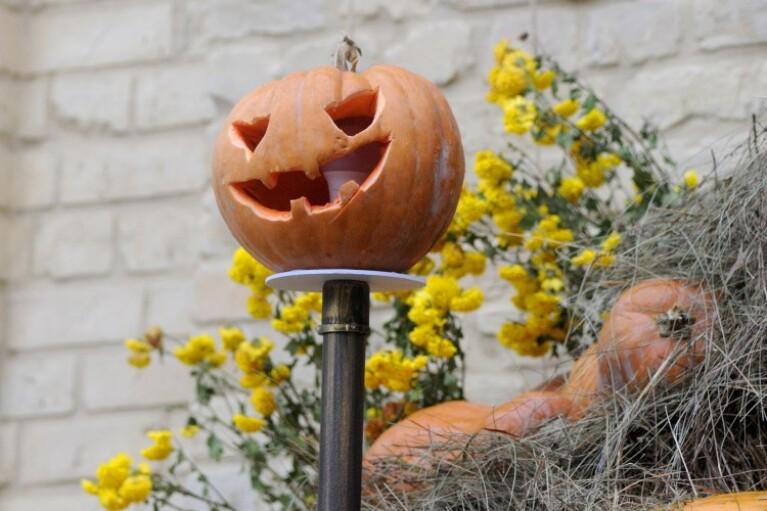 Сладости или гадости. Почему Хэллоуин ближе Украине, чем кажется