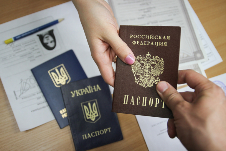 У Путина разрешили гражданам России из ОРДЛО участвовать в российских выборах