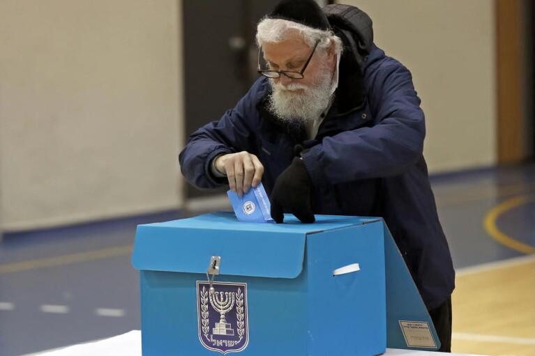 Ізраїль може полегшити в'їзд для громадян через вибори