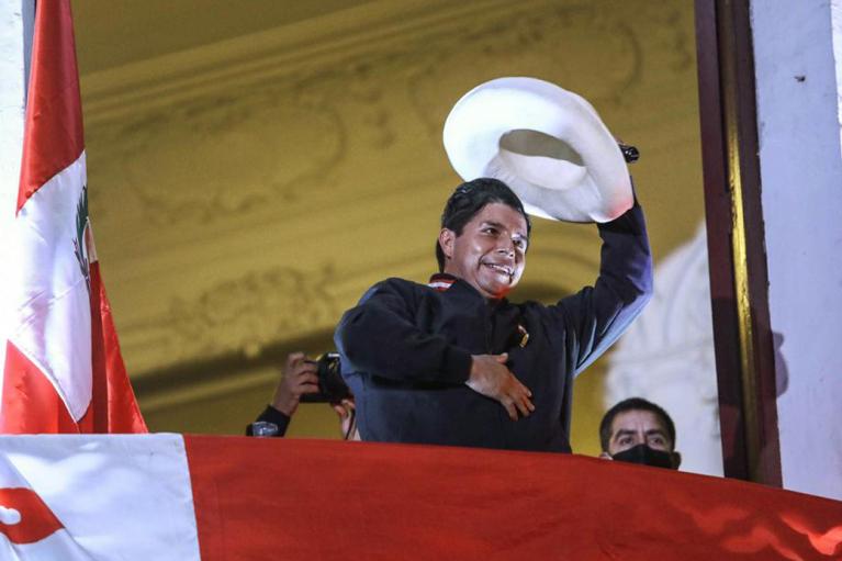 Неголобородько. Чи стане президентом Перу шкільний учитель Педро Кастільо
